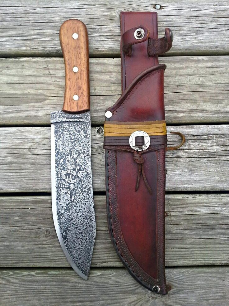 """Josh Skårup """"Saga Leatherworks"""" pouches/bags/holsters, belts/slings/harnesses, sheaths, drinking horns, jewelry"""