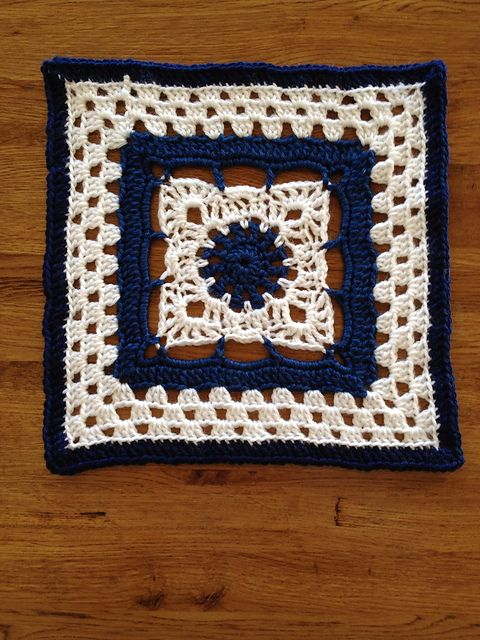 "Day 29: 12"" Block of the Day - Arches Square by Dayna Audirsch  Free Pattern: http://dayna.tdgservices.com/ShowPattern.aspx?PatternID=53  #TheCrochetLounge #12inch Pick #grannysquare #crochet"