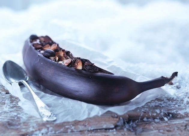 grillet banan med sjokolade i folie