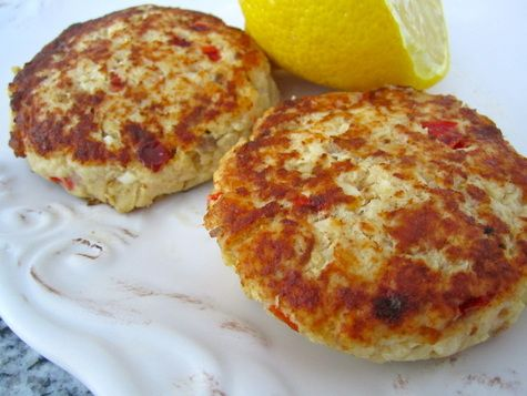 Florida Fish Cakes With Filet, Red Pepper, Small Yellow Onion, Light Mayonnaise, Mustard, Egg Whites, Lemon, Pepper, Salt, Olive Oil