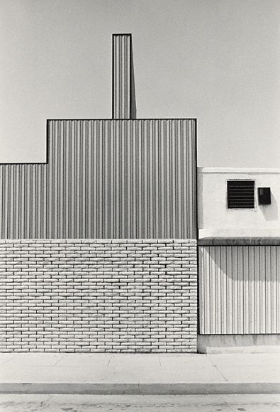Los Angeles (US 257/10a), negative, 1976; print, 1980, Grant Mudford. Gelatin silver print. 19 1/4 x 13 1/8 in. © Grant Mudford: Grant Mudford, Los Angel Building, Amazing Photography, Silver Prints, 1976 Grant, Building Architecture, Gelatin Silver, Angel 1976, Photography Architecture