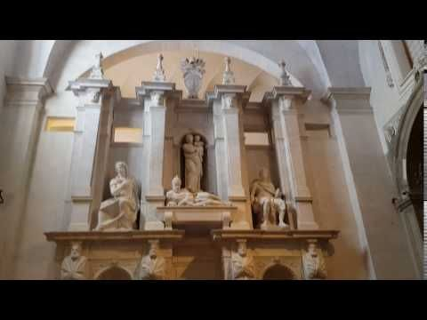 Michelangelo's statue of Moses - YouTube