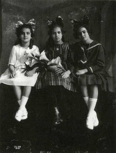 Foto di Frida Kahlo bambina 6