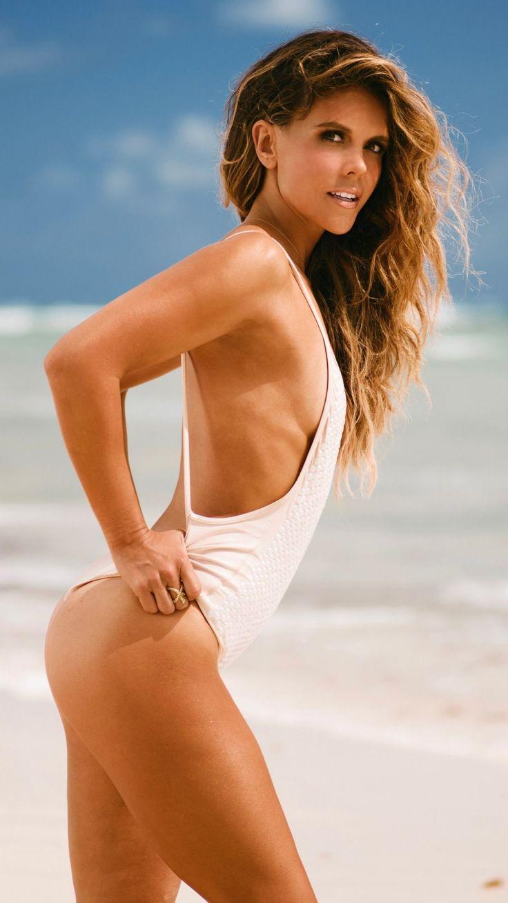 Bikini Series Workout Video.. Gettin' Totally Toned with Katrina!