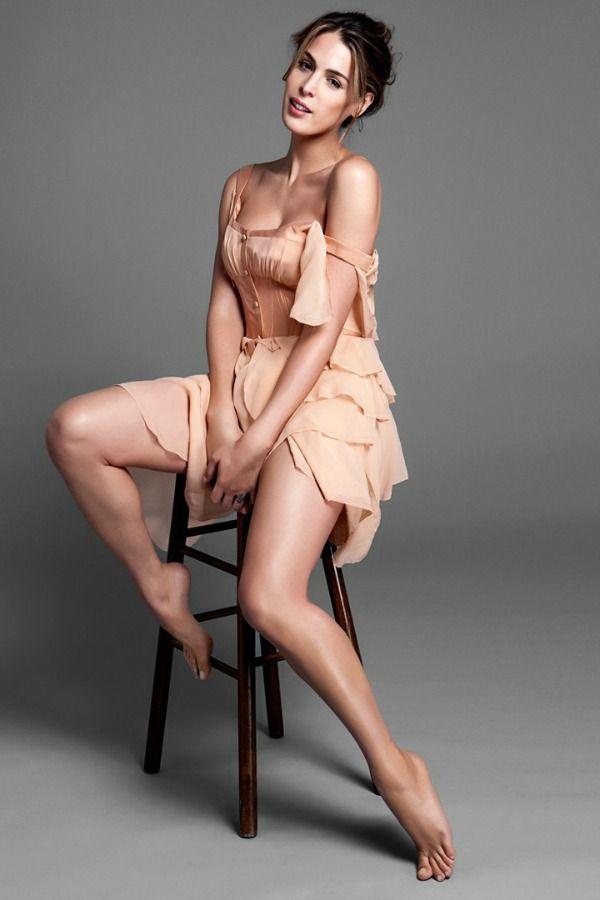 Carmen Carrera  Ela tem 29 anos e nasceu Christopher Roman. Participa de um reality show na TV americana, faz performance burlesca e também trabalha como modelo. Faz trabalhos filantrópicos voltados para o combate à AIDS.