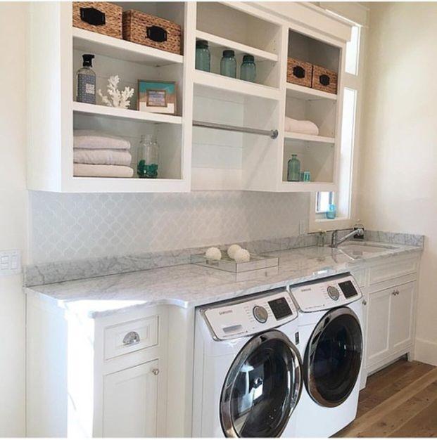 洗濯物の生乾きのいや~な臭い、誰もが経験ありますよね。最近は良い香りの柔軟剤や消臭剤も数多くありますが、その前に生乾きの臭いをなんとかしたいですよね!ここでは嗅ぎたくなる臭いをゲットできる、洗濯生乾き臭を防ぐテクをご紹介します。