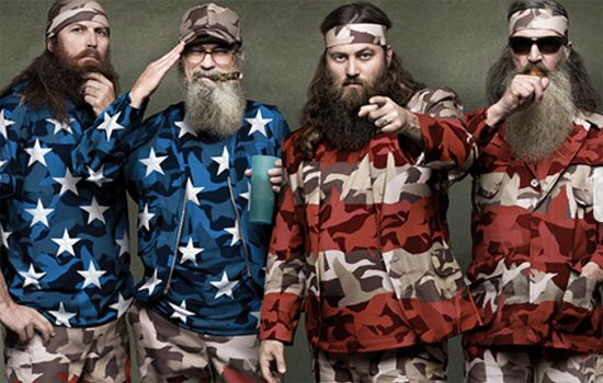 duck dynasty family | Duck Dynasty': Phil and Willie Robertson's advice on wives and beards ...