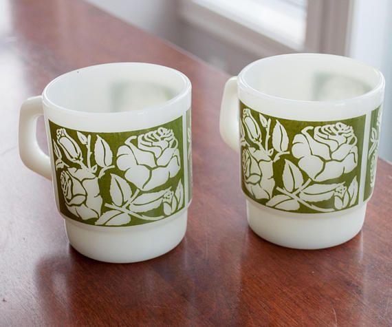 Vintage mug FireKing/Anchor hocking with green star pattern