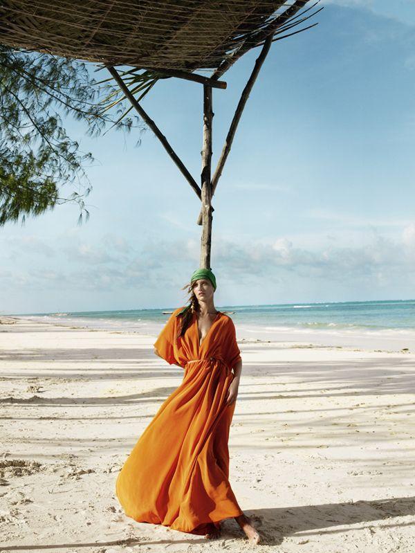 Editorial   'Ocean Colour Scene' Karmen Pedaru & Jourdan Dunn by Mario Testino for Vogue UK March 2011 - Fashion Copious