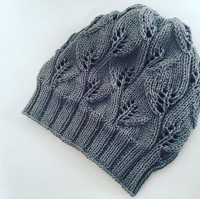 The Leafy Beanie by The Knitting Me, free pattern on Ravelry.