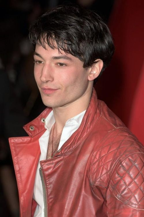ezra miller at Batman vs Superman premiere, London. 2016