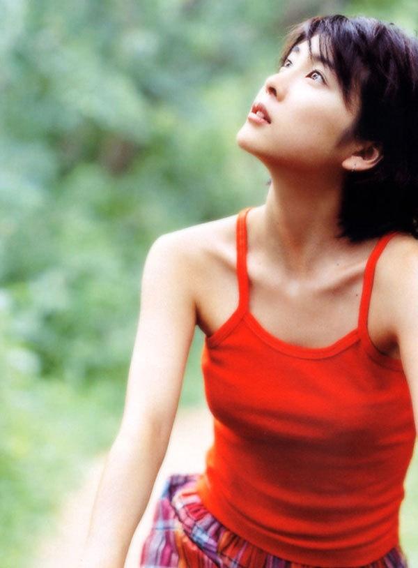 Takeuchi Yuko | Yuko Takeuchi 竹内 結子 | Pinterest