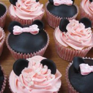 So cute!!: Mice, Mickey Mouse, Birthday Parties, Minis Mouse, Minnie Mouse, Disney Cupcakes, Pink Cupcakes, Cups Cakes, Cupcakes Rosa-Choqu