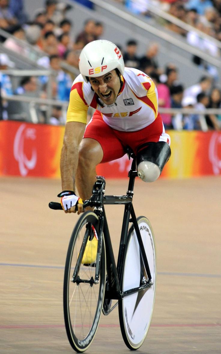 El increíble Juanjo Méndez ciclista paralímpico.