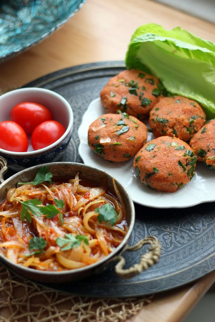 Potato and bulgur patties / Turkish cuisine