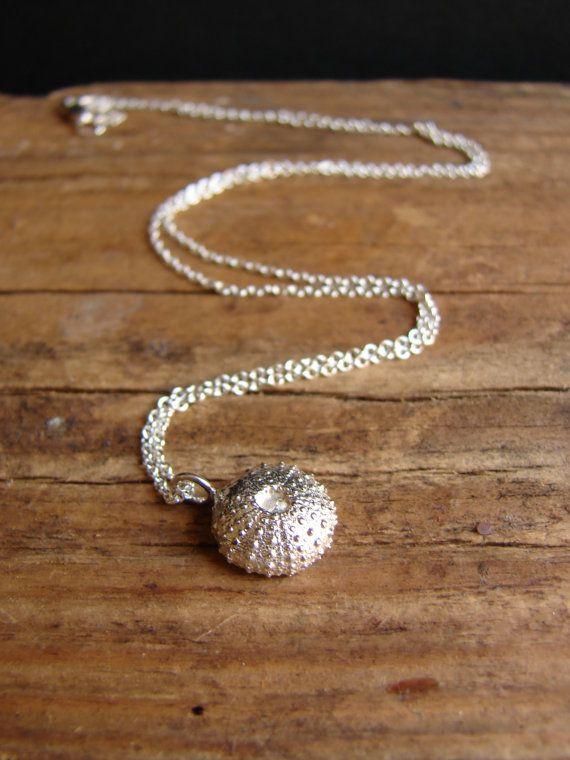 Urchin Halskette Sterling Silber Charm Halskette von Nafsika