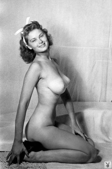 Female achors of nakednews babes naked