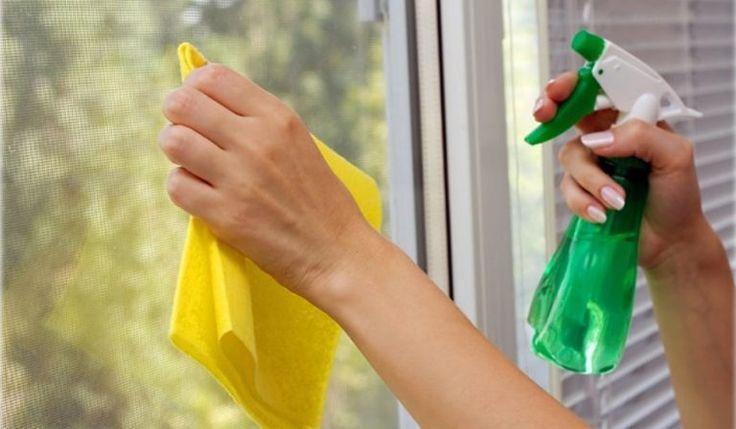 Știați de ce este recomandat să ștergeți geamurile cu sare dizolvată în oțet alb? De multe ori, sa speli geamurile, sa cureti tocurile si ramele ti se pare o corvoada. Pe langa munca pe care o depui, mai trebuie sa scoti si bani din buzunar pentru a cumpara produse speciale din magazine. Afla ca lucrurile …