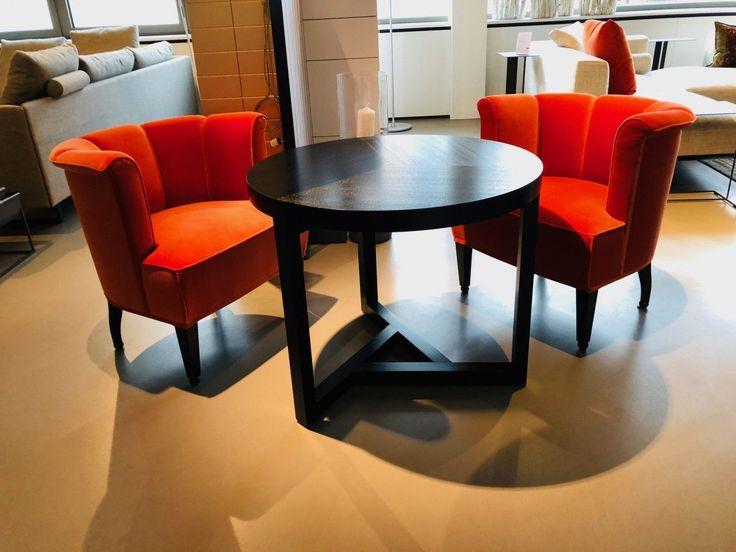 Stuhle Mit Tisch Von Wittmann Designermobel Regensburg Mobeldesign Tisch Bistrotisch