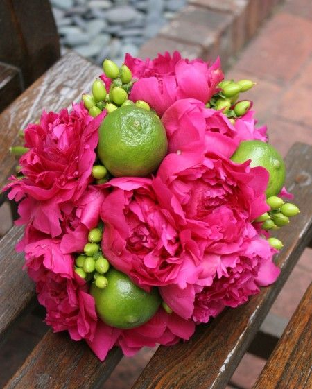 beautiful bouquet! : Limes Bouquets, Peonies Magenta Limes Berries, Color Combos, Floral Design, Flower Bouquets, Fall Flower, Beautiful Bouquets, Peonies Bouquets, Pink Peonies
