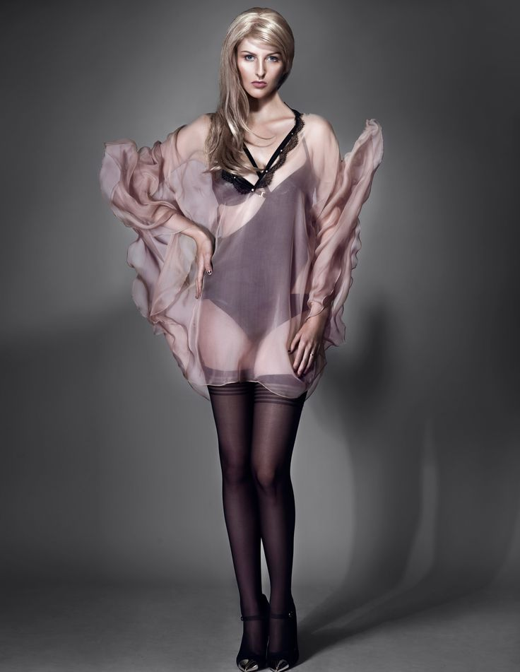 E.L.F Zhou London // Haunting Midnight - Signature Body and Silk Cape in Champagne