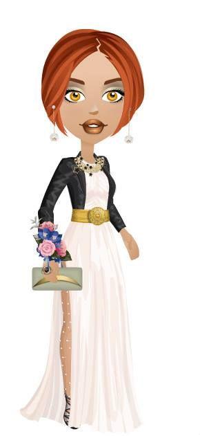 vestido color blanco con escote base al cuello, hombros descubiertos, falda fruncida con tajos laterales, larga,abrigo superior negro en tela liviana,sandalias bicolor de cuero negro y blanco,accesorios acordes.