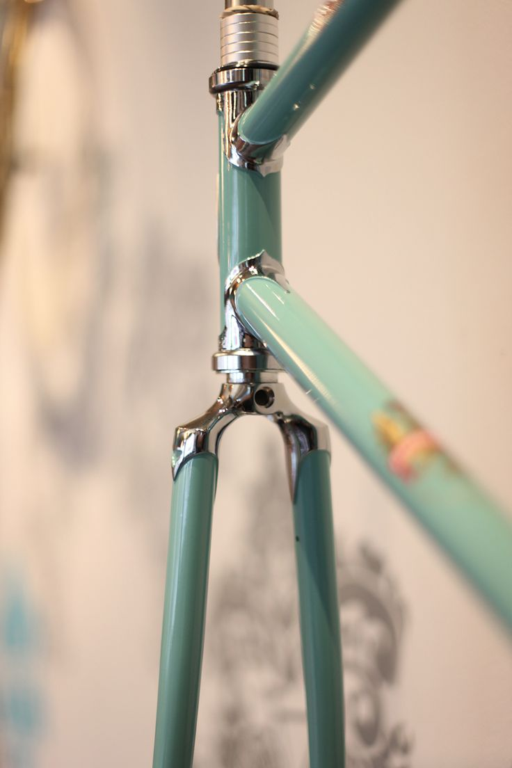 Bianchi - Just Beautiful I'll always love lugged frames and sloping crown forks.