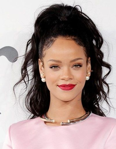 Barbadian Singer Rihanna Biography, Wiki, Profile, Age, Albums, News, Boyfriend, Photo Shoot, Songs, Marriage Photos,Career Singer Rihanna Biography, Wiki,Career, Relationship News Rihannais an international siger, fashion designer,actress and song writer in Barbadian.Rihannaloving to sing songs and singing her profession. Rihannasung in so many musical formats.Rihannais in top 10 world singers. In 2013Rihannarecorded a demo tape...