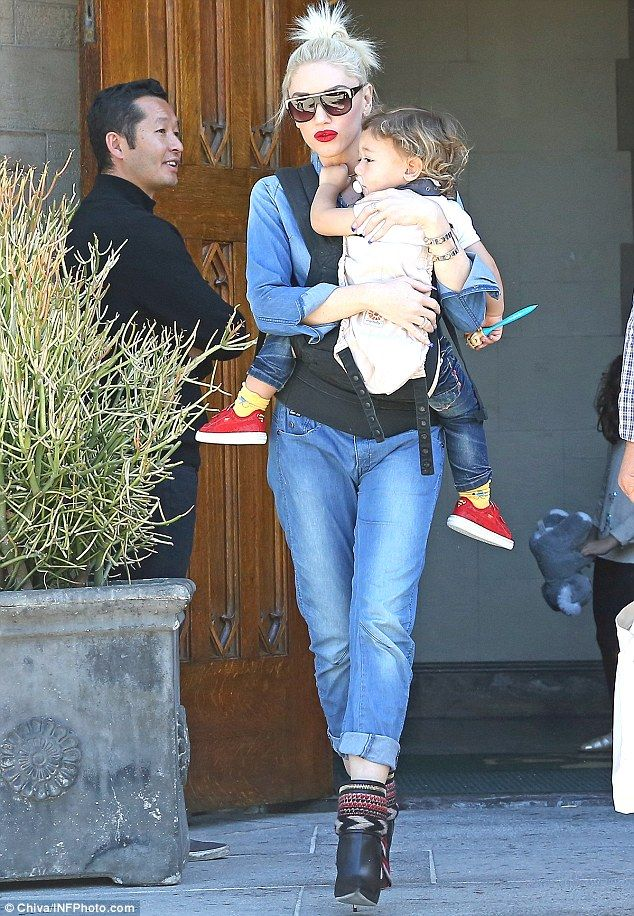 Gavin Rossdale 'left Gwen Stefani in hospital to sleep with nanny'