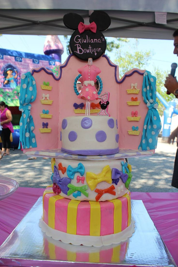 17 Best Images About Minnie S Bow Tique Dessert Table On