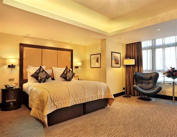 Hotel Deal Checker - The Montcalm London