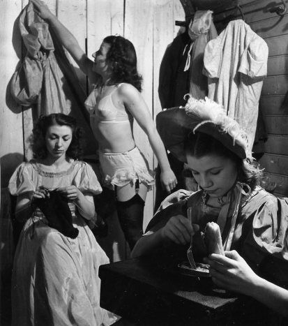 Atelier Robert Doisneau  Galeries virtuelles desphotographies de Doisneau - Cirque
