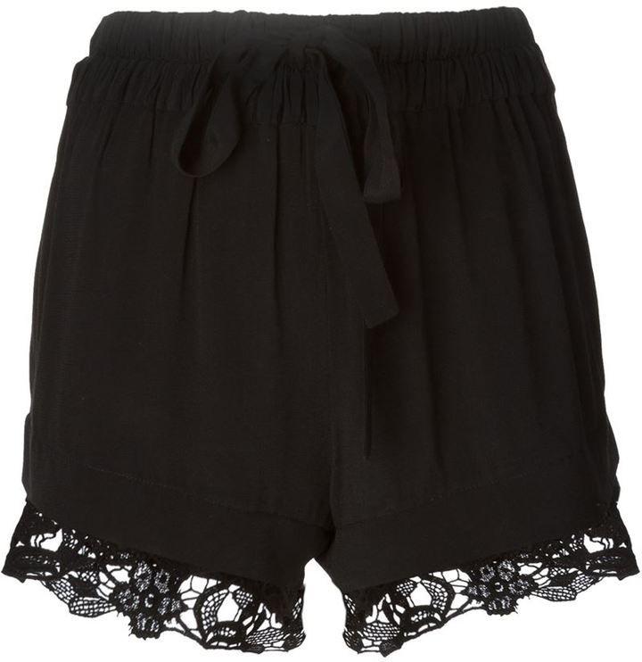 €237, Pantalones Cortos de Encaje Negros de IRO. De farfetch.com. Detalles: https://lookastic.com/women/shop_items/136562/redirect