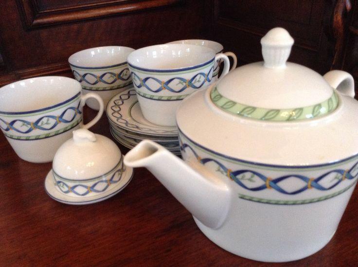 Giesche Porcelain Tea Set