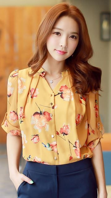 StyleOnme_Floral Print Roll-up Sleeve Chiffon Blouse #flower #summer #trend…