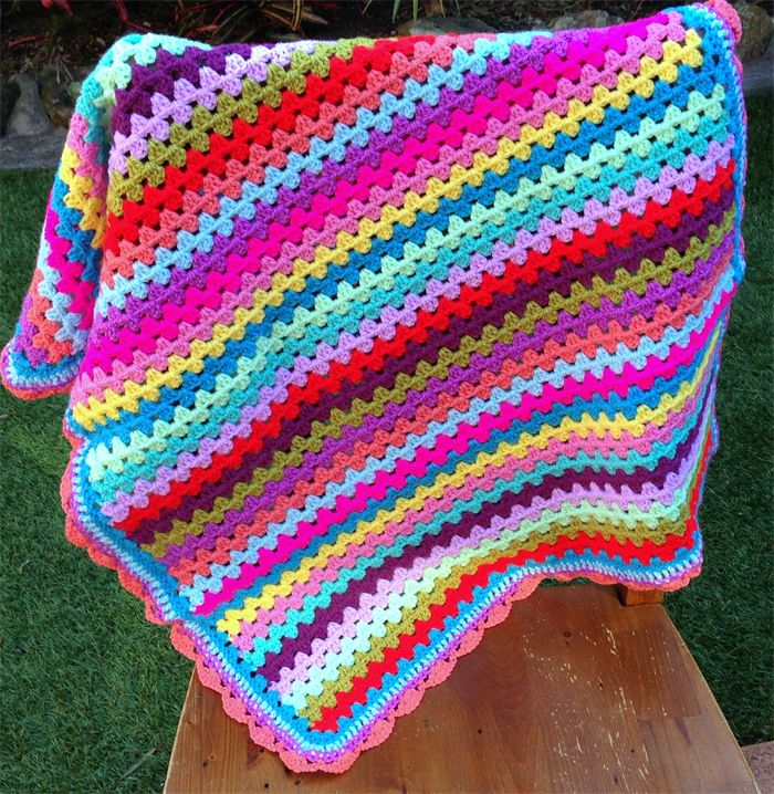 25+ best ideas about Pram Blankets on Pinterest Knit stitches, The daisy an...