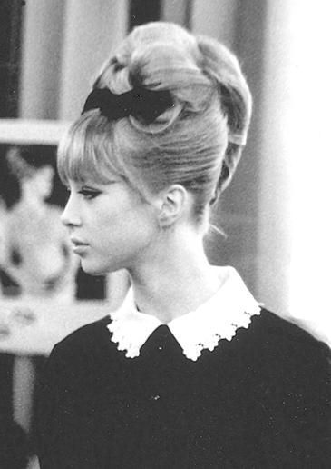 Pattie Boyd, vintage, fashion, collar, up do, hair, style, fringe, beehive, make up