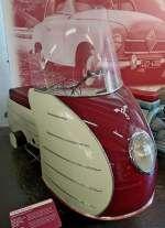 Franke Autoroller, Baujahr 1951, Motor mit 147ccm und 7PS, Vmax.80Km/h, die Firma in Maschen bei Hamburg war auch Erfinder der Sitzbank für Zweiradfahrzeuge, Automuseum Schramberg Mai 2012