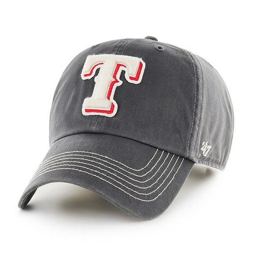 Texas Rangers '47 Brand Clean Up Adjustable Hat. This Rangers hat is made from cotton twill and canvas. The relaxed fit cap has raised front Texas embroidered applique logo with a flat embroidery on t
