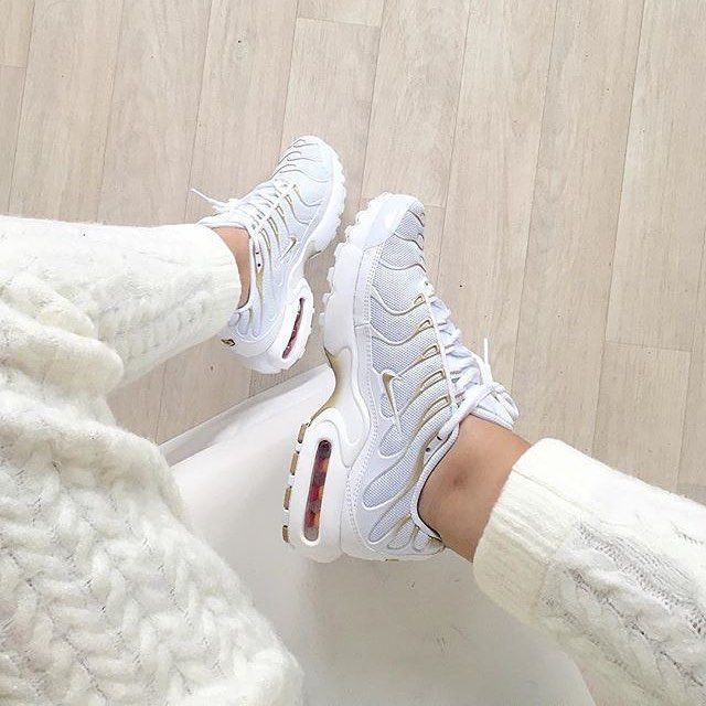 Tendance Sneakers : Sneakers femme – Nike Air Max Plus (©nawellleee – Martina Hellmich