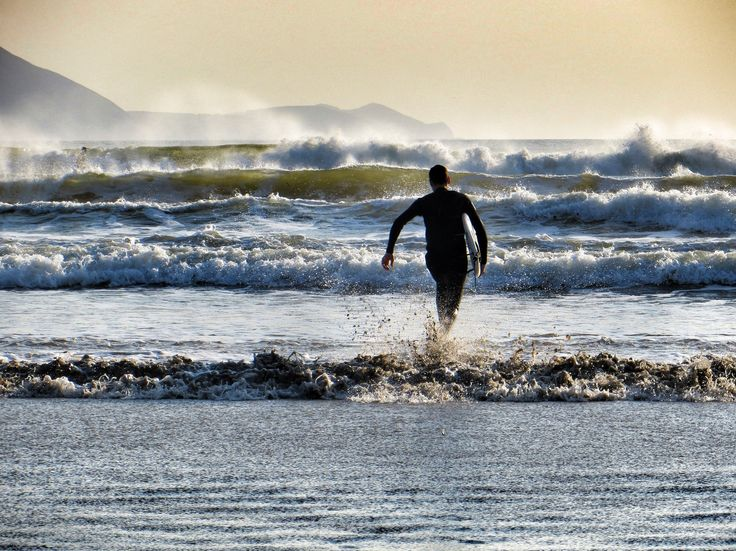 Did you know that there is great surf in Ireland? This is Inch Beach, Dingle Peninsula