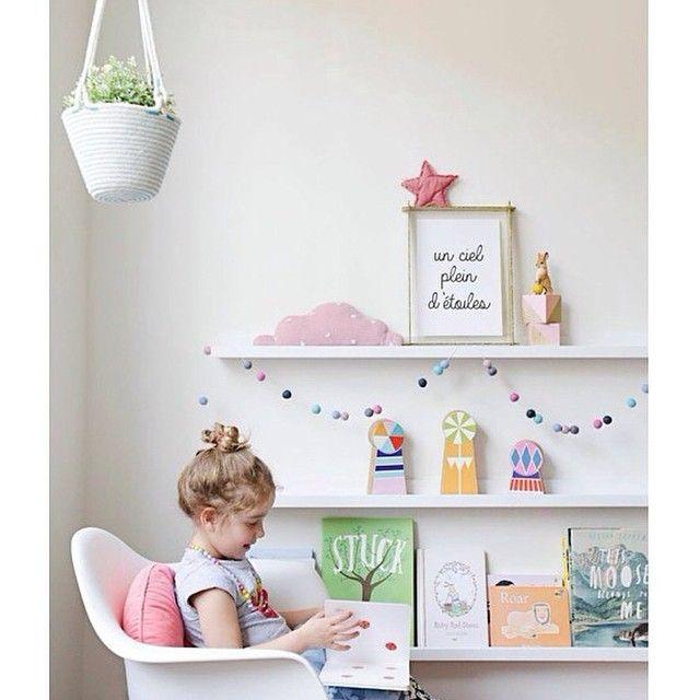Mosslanda Picture Ledge For Kids Books
