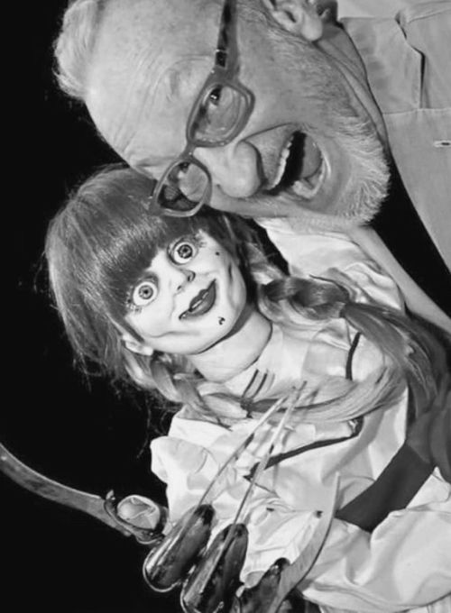 Robert Englund w/ Annabelle geeking out on the horror love