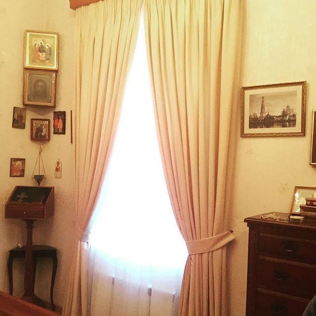 Шторы с подхватами на багетном карнизе в храм г. Дзержинский #шторы #багетныйкарниз