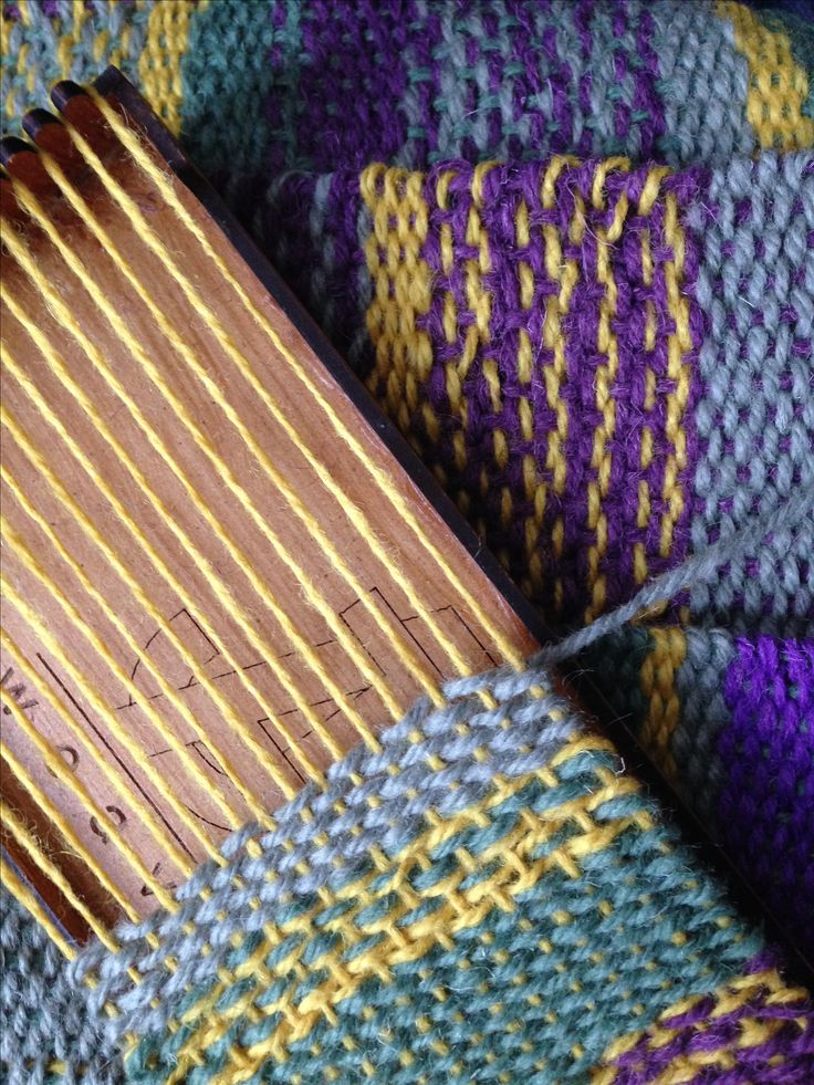 Need a new creative challenge? Join me to Learn to Weave. #Weaving in #TyneandWear #Beginners