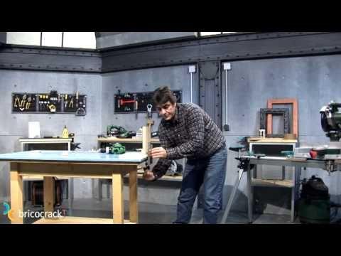 Ensamblar con espigas (BricocrackTV) - YouTube