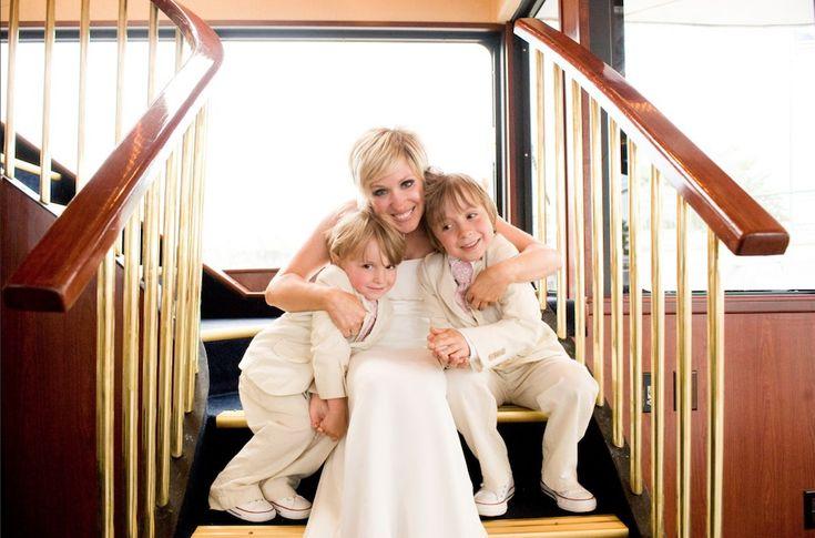 #Bride#weddingsonthewater#ParadiseCharterCruises#minneapolisqueen#theparadiselady#letscruisemn#lakeminnetonka#letscruisemn#twincitiescruises#weddingreception#brideandgroom#themississippi#summer#flowers#weddingphotography#weddingdress#water#flowergirl