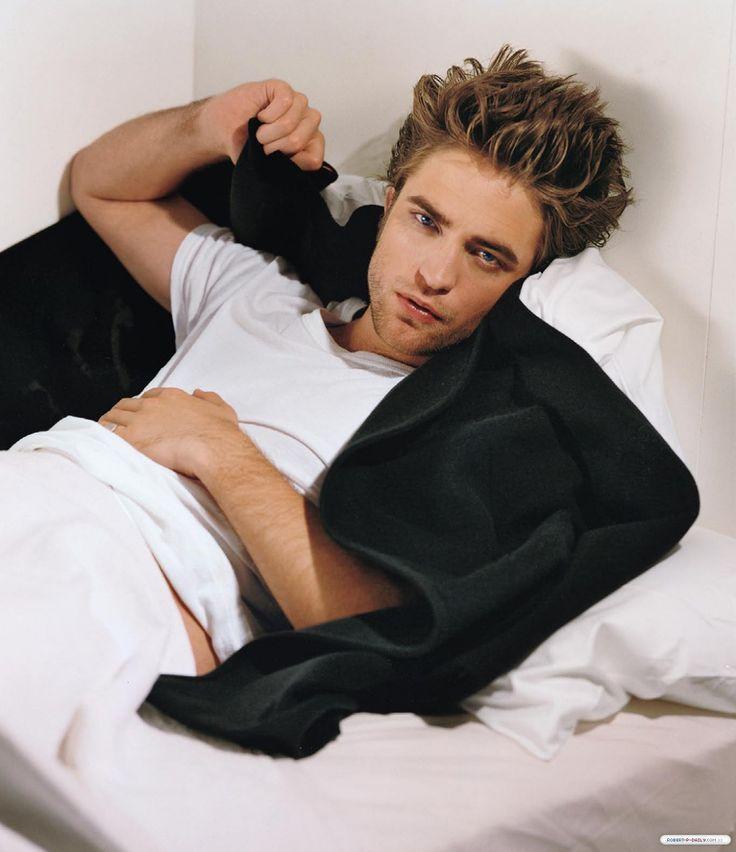 Robert Pattinson photo, pics, wallpaper - photo #198704
