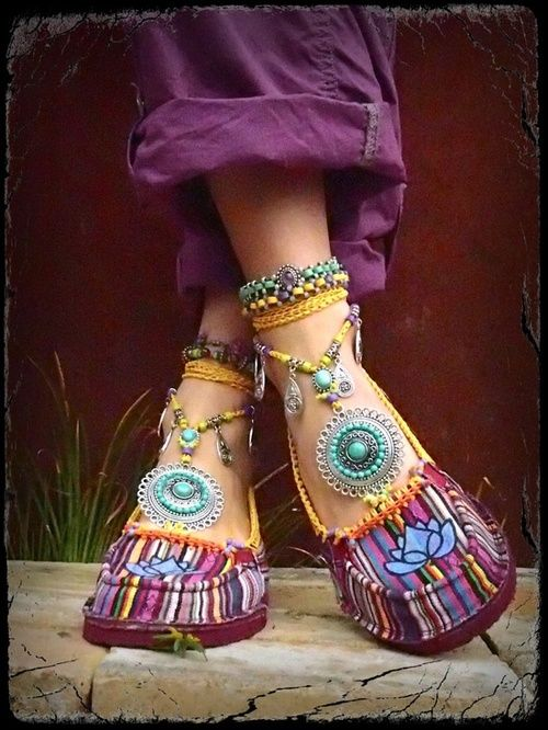 Shoes from india. Lotus #fashion #boho #footwear #flats