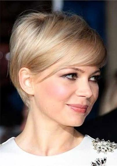 Adorable Short Hairstyle Ideas for Thin Haired Ladies